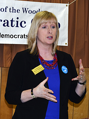 Traci Dippert speaks to LOW Democrats